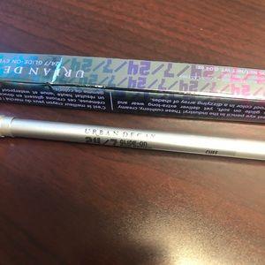 Urban decay glide on eye pencil (NEW!) color: CUFF